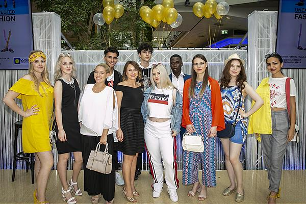 DIE FINALISTEN DES FASHION FESTIVAL STYLE CONTESTS IM DZ