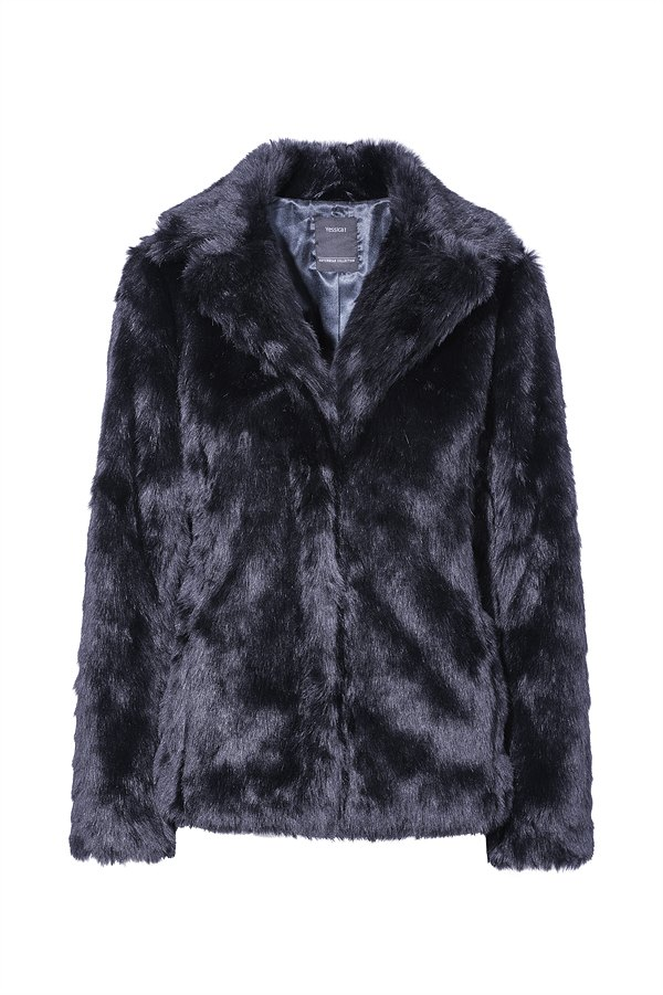 C&A_AW'18_Faux-Fur Jacke in Blau